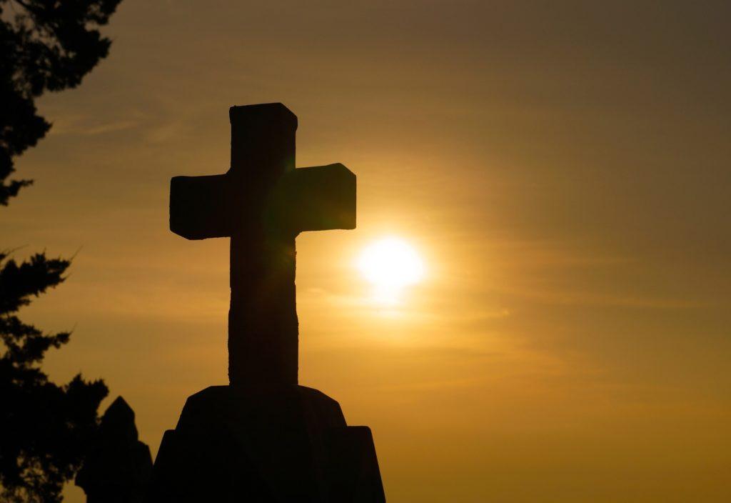 GUD STEG NED (om Jesus og frelsesverket)